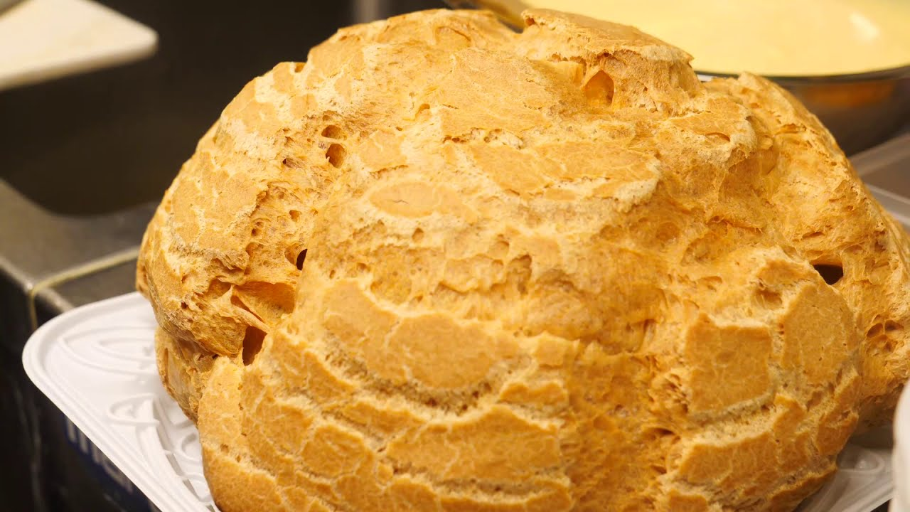 Largest Cream Puff - Japanese Street Food -