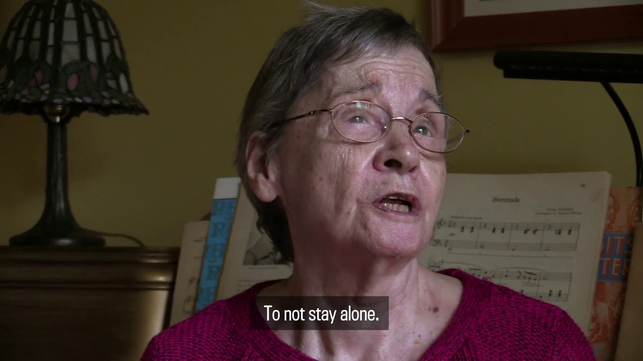 Dionne Quintuplets: Sister penniless, 18 years after