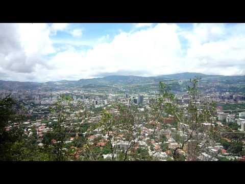 Sabas Nieves walking tour, La Avila, Caracas, Venezuela, ExploGuide