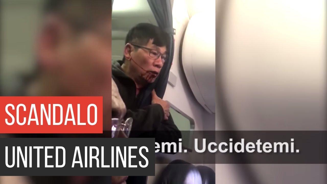 Download Medico picchiato dalla polizia e trascinato fuori dall'aereo