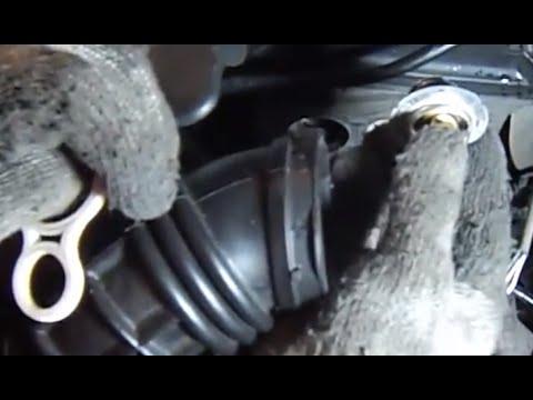 Replace R53 MINI Cooper S thermostat200206mechanics eye view