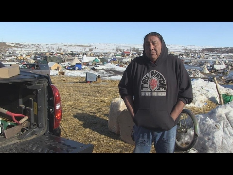 North Dakota: Sioux tribe stands firm against pipeline project