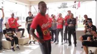 Don Óscar Avilés / Marco Romero junto a Selección Peruana de fútbol