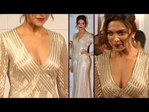 Deepika Padukone SHOWS OFF HER CLEAVAGE - DON'T MISS !!!