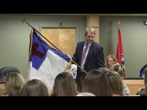 Unicoi Co. School Board Votes To Remove Christian Flag, Donates To Ministerial Association