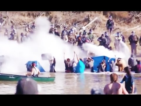 Police VIOLENTLY ATTACK Protesters At Standing Rock