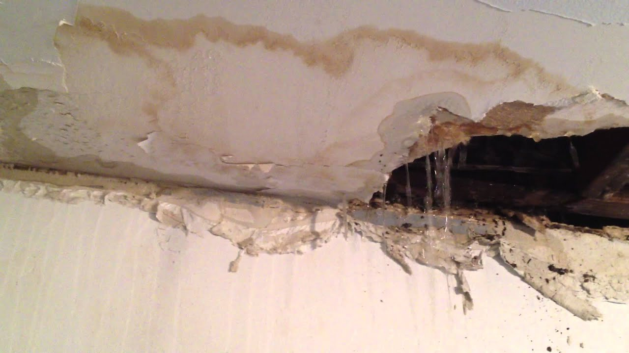 Bathroom ceiling leak. - YouTube