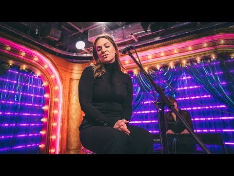 "Shoshana Bean Sings ""She Used to Be Mine"" from WAITRESS - CLUB BROADWAY.COM"