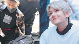 Video Baekhyun was Seen Helping up a Fan Who Fell Down at a Recent Music Bank Arrival download MP3, 3GP, MP4, WEBM, AVI, FLV Agustus 2018