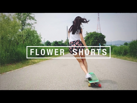 """Flower shorts"" at Hanriver 한강, Seoul"