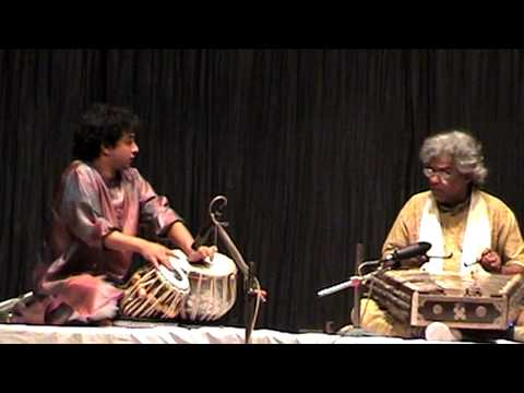 Electric Tabla - Santoor JugalBandi by Pt. Tarun Bhattacharya & Mayookh Bhaumik
