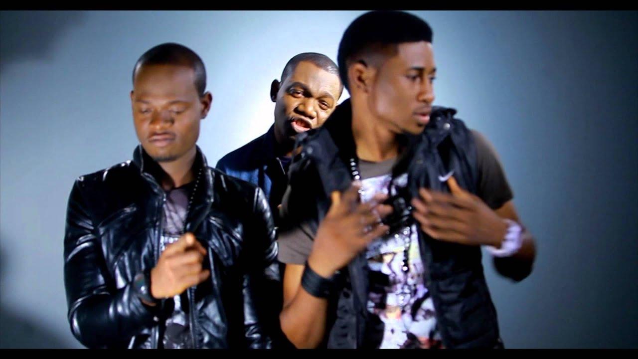 Download flakes featuring sortitude wokiriwo