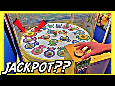 ★Can We Win The Jackpot On This Broken Arcade Game?? ~ ClawTuber
