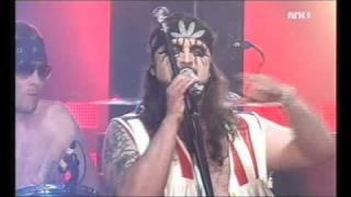 Turboneger (Live from outdoor concert Oslo, shown on NRK): Do you dig destruction
