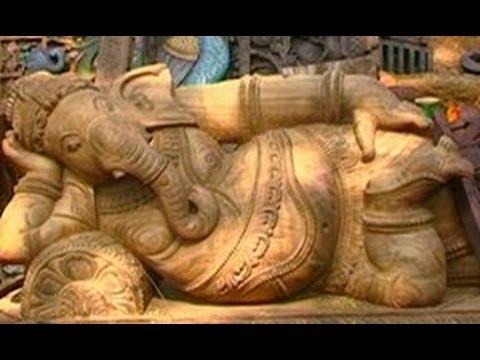 Woodcrafts in Shilparamam, Andhra Pradesh