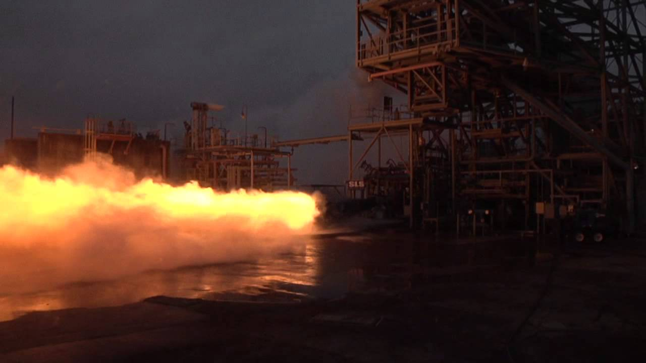 NASA cranks Space Launch System engine test up to 11