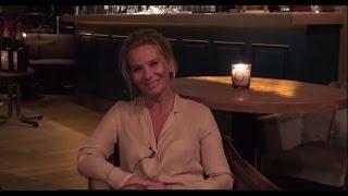 Юлия Высоцкая - Открытие ресторана. Приглашение N2(Подписывайся на канал: http://bit.ly/1JPIFxc., 2015-02-06T09:48:06.000Z)