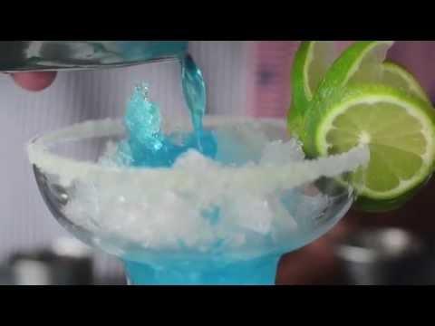 ¿Cómo preparar el coctel Margarita Blue? | Hotel Las Américas - Cartagena