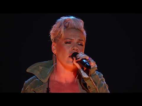 🔴 P!nk   BARBIES :  from the CMA Awards  HD 720p