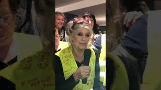 """Brigitte Bardot avec les """"gilets jaunes"""": """"Ne lâchez rien, je vous soutiens à fond"""""""
