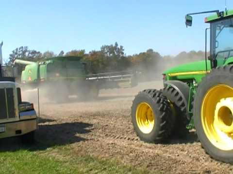 KLEIN FARM LIBERTY, IN 2011 SOYBEAN HARVEST DAY 3  10-6-11.mpg