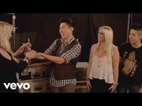 Britney Spears - #VEVOCertified, Pt. 1: Award Presentation