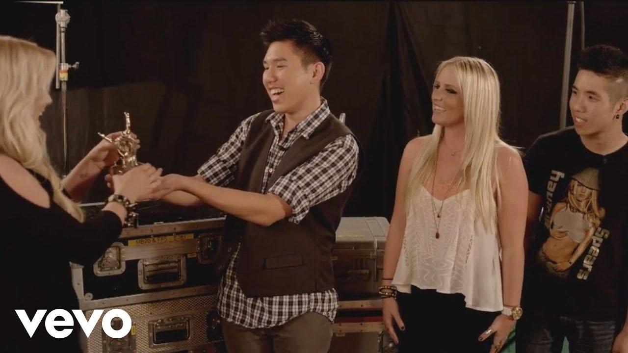 Download Britney Spears - #VEVOCertified, Pt. 1: Award Presentation