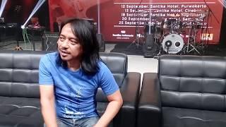 ANTARANEWS - Dewa Budjana kolaborasi dengan mantan gitaris Red Hot Chili Peppers di album terbaru