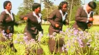 Gambar cover Shongwe and Khuphuka Saved Group - Lena Yinkinga