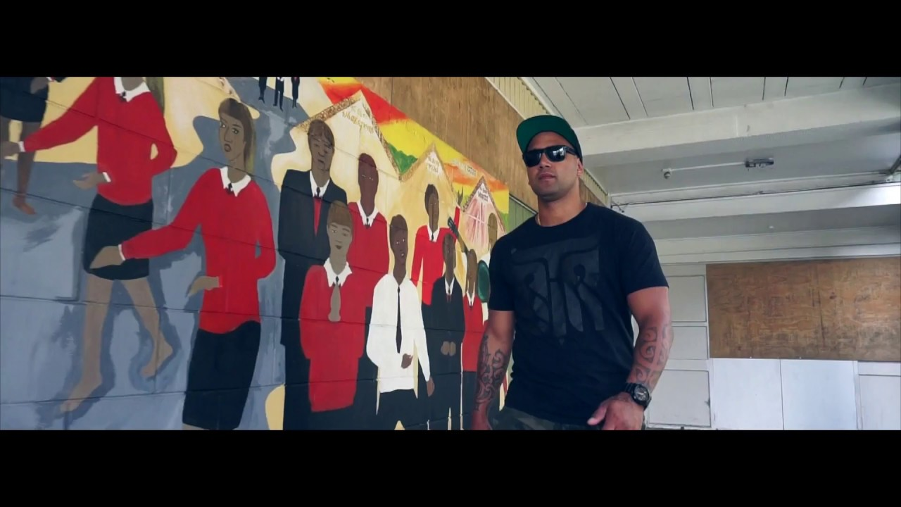 Download Sir T - Pay Me (featuring Dohc, Singa) [Official Video]