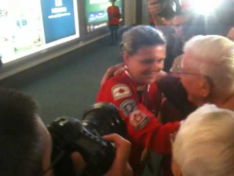 Christine Sinclair arrives at YVR.