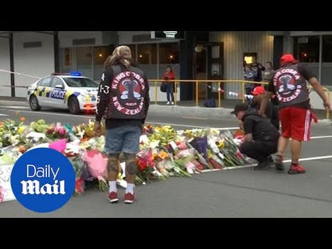 New Zealanders mourn after mosque shootings in Christchurch