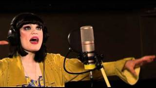 Jessie J - Stand Up, in the 1Xtra Live Lounge