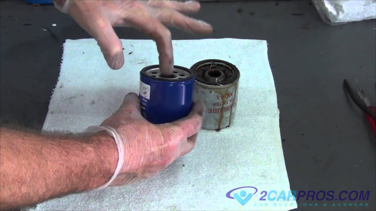 oil change filter replacement toyota tacoma 1995 2004 [ 1280 x 720 Pixel ]