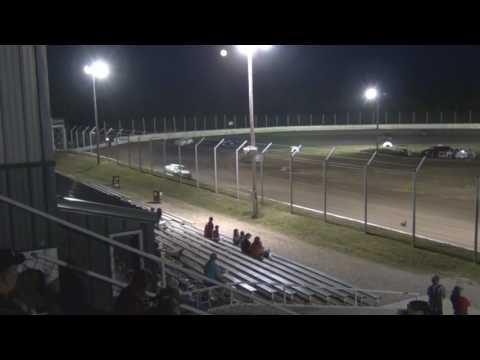 Humboldt Speedway A Mains