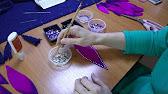 Клей должен крепко держать страз на ткани и не оставлять на ней следы. В статье использован опыт nat_alka, она успешно шьёт костюмы для сцены и украшает их стразами. В результате многих экспериментов был выбран клей schmuckstein kleber немецкого производства на водной основе. Он имеет.