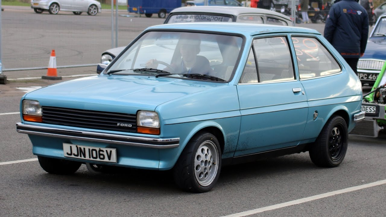 my ford fiesta mk1 at santa pod raceway youtube. Black Bedroom Furniture Sets. Home Design Ideas