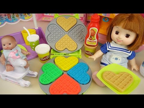 Baby doll and Play Doh waffle cooking toys play baby Doli play
