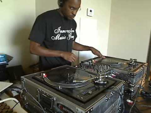 Split Personality Riddim Mix - September 2010 - HQ AUDIO