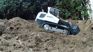 RC TRACK LOADER LIEBHERR 634 WITH PIMPED HYDRAULICS - CARSON KAMPSHOFF