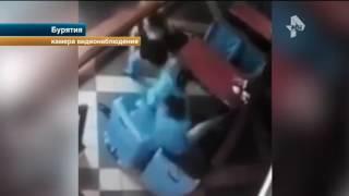 В Сети появились кадры кровавой драки бурятского криминального авторитета с пьяной компанией
