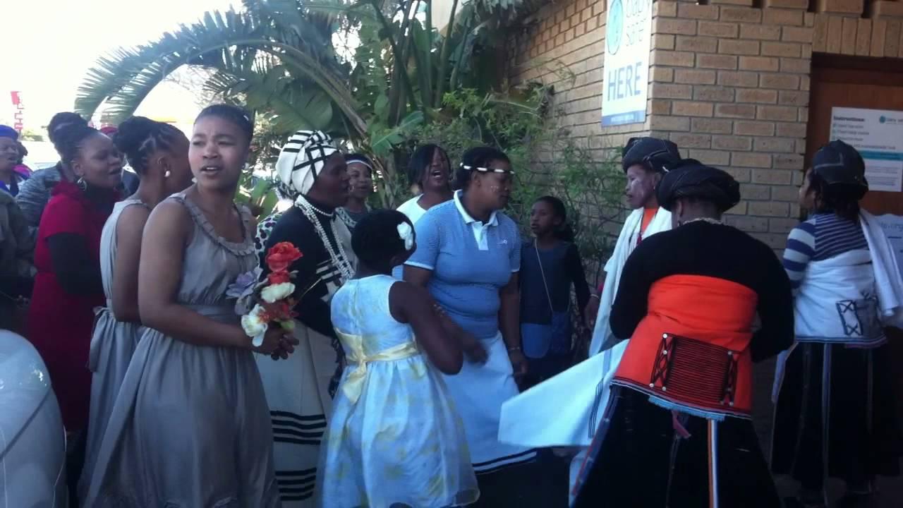 Nomzamo And Darlington Manghari S Wedding Traditional