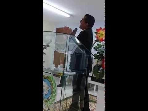 Pr.Leonardo Araújo Ministrando na Igreja ADCR Na Cidade de Itapororoca-PB