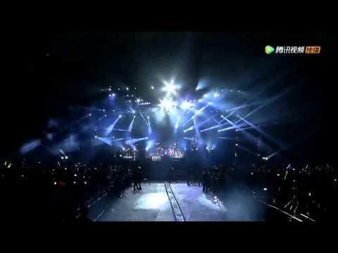 Linkin Park  Bleed It Out  in Beijing 2015