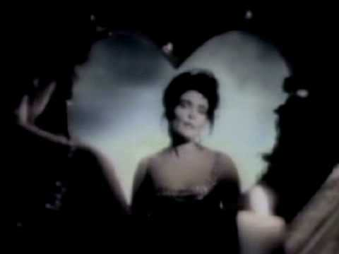 Kiss Them For Me (Loveapella Mix) - Siouxsie & The Banshees mp3