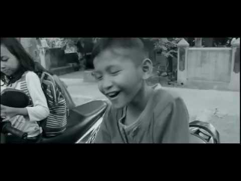 Yonas ft. Andika BuncAzca - Senandung Masa Kecil (Official Music Video) - OST. SINETRON JOWO KLATEN #1