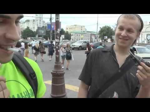 Что звучит в наушниках Москвичей