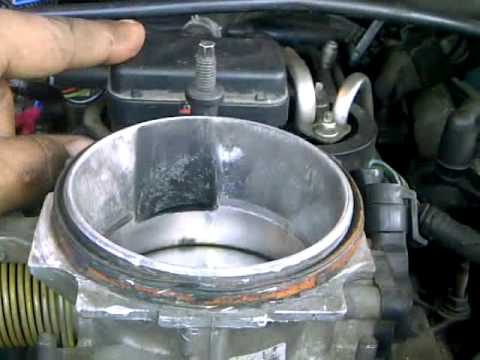 96-99 gmc/chevy vortec engine swap - YouTube