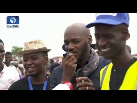 EN: Thousands Gather To See Pop Icon, 2Baba In Sambisa