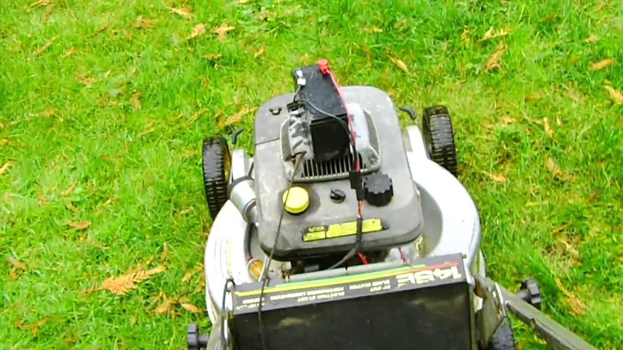 john deere 14se self propelled lawn mower startup youtube rh youtube com John Deere 14SE Parts John Deere 14SE Manual PDF